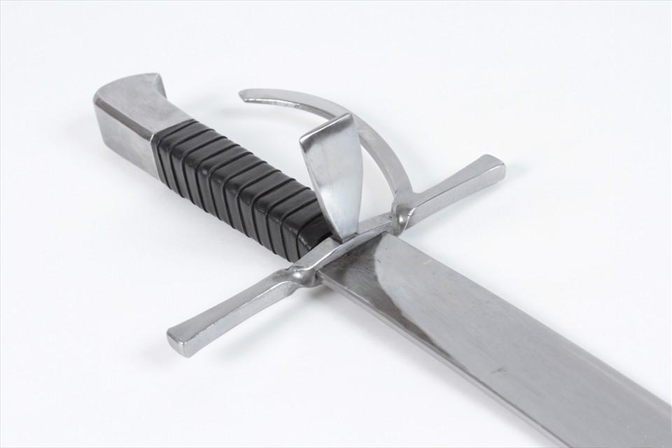 Langes Messer VI 4